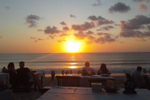 Sunset Bali Tour Guide
