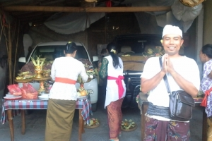 Bali celebration cars offering