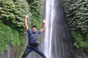 Bali waterfall tour