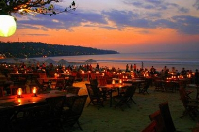 Candle Light dinner Bali Beach night