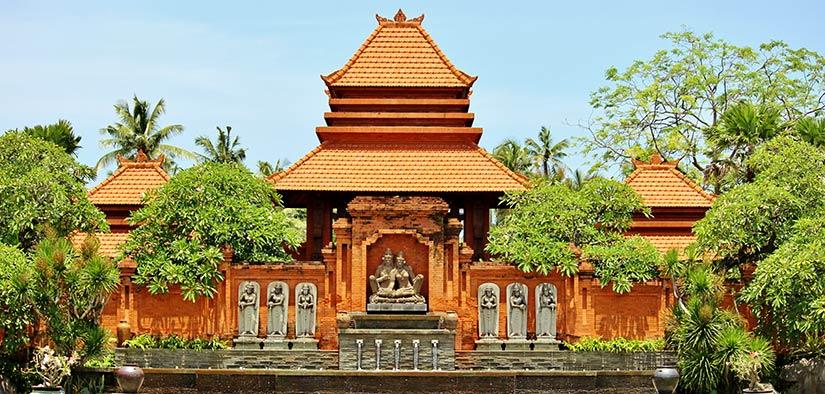 kuta temple in bali